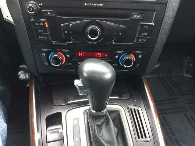 2012 Audi Q5 for sale at ROUTE 6 AUTOMAX in Markham IL