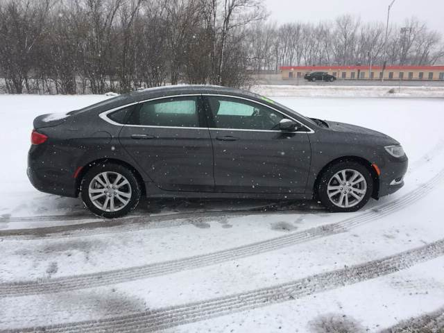 2015 Chrysler 200 for sale at ROUTE 6 AUTOMAX in Markham IL