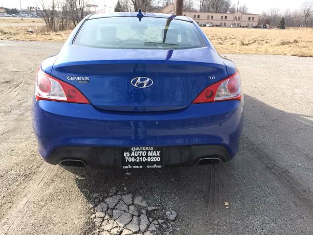 2011 Hyundai Genesis Coupe for sale at ROUTE 6 AUTOMAX in Markham IL