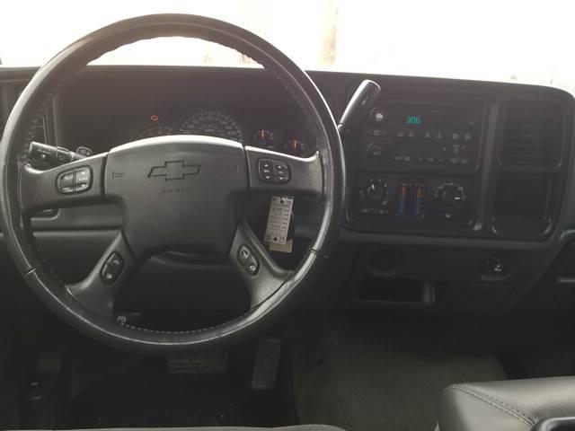 2005 Chevrolet Silverado 1500 for sale at ROUTE 6 AUTOMAX in Markham IL