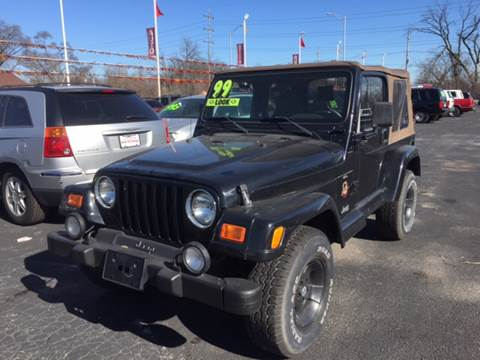 2001 Jeep Wrangler for sale at ROUTE 6 AUTOMAX in Markham IL