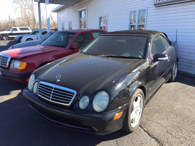 2003 Mercedes-Benz CLK for sale at ROUTE 6 AUTOMAX in Markham IL