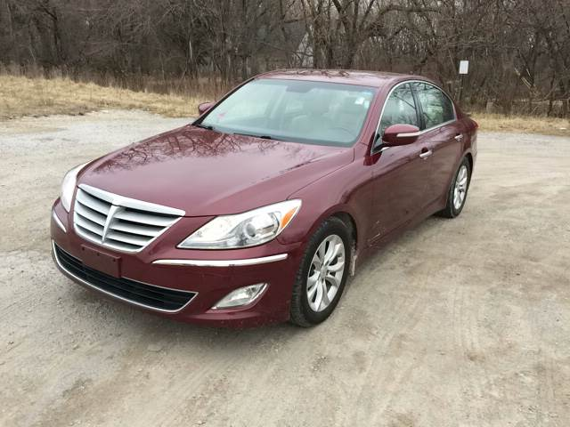 2013 Hyundai Genesis for sale at ROUTE 6 AUTOMAX in Markham IL
