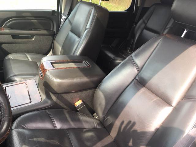 2011 GMC Yukon for sale at ROUTE 6 AUTOMAX in Markham IL