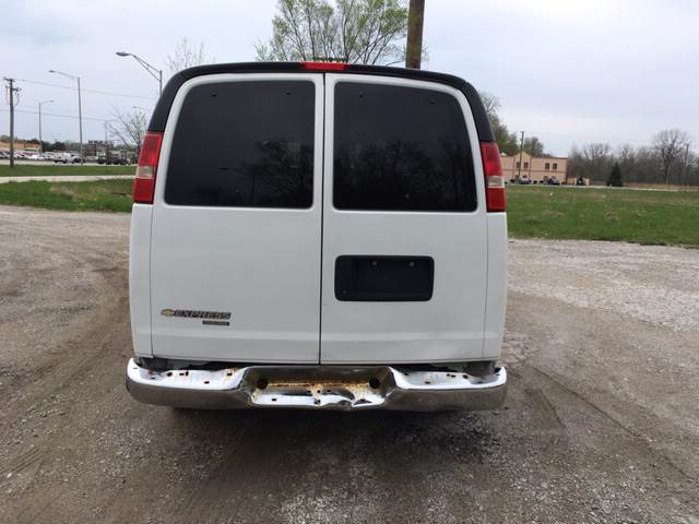2013 Chevrolet Express Passenger for sale at ROUTE 6 AUTOMAX in Markham IL