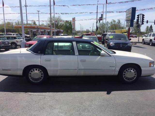 1998 Cadillac DeVille for sale at ROUTE 6 AUTOMAX in Markham IL