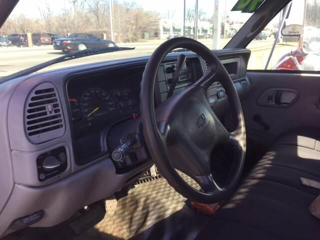 1998 Chevrolet C/K 3500 Series 2dr K3500 Cheyenne 4WD Extended Cab LB - Harvey IL
