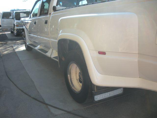 -1 Truck Steps  - Littlerock CA
