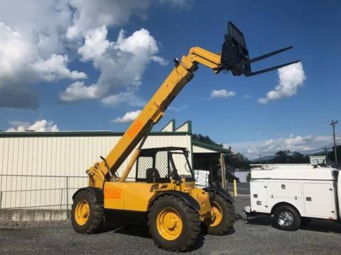 2000 Caterpillar TH-63 for sale in Harrisonburg, VA