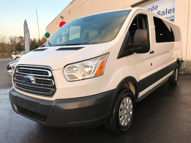 2015 Ford Transit Wagon 350 XLT 3dr LWB Low Roof Passenger Van w/60/40 Passenger Side Doors - Chantilly VA