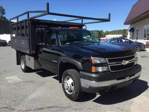 2007 Chevrolet Silverado 3500 CC Classic for sale at SHAKER VALLEY AUTO SALES in Enfield NH