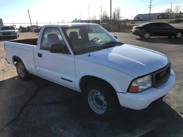 1999 GMC Sonoma for sale at JEFF LEE AUTOMOTIVE in Glasgow KY