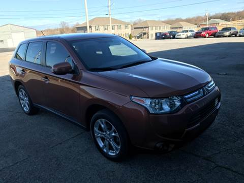 2014 Mitsubishi Outlander for sale at JEFF LEE AUTOMOTIVE in Glasgow KY
