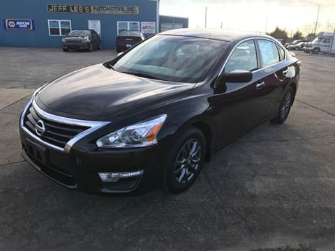 2015 Nissan Altima for sale at JEFF LEE AUTOMOTIVE in Glasgow KY