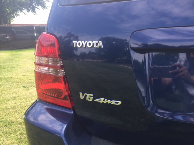 2001 Toyota Highlander for sale at Magana Auto Sales Inc. in Aurora IL