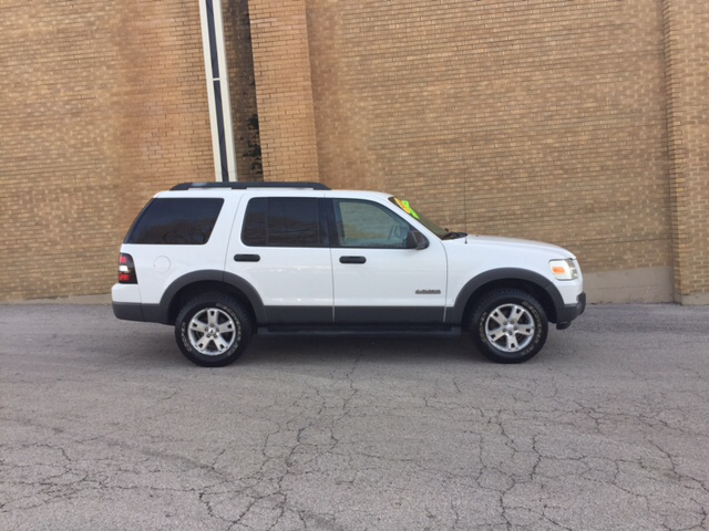 2006 Ford Explorer for sale at Magana Auto Sales Inc. in Aurora IL