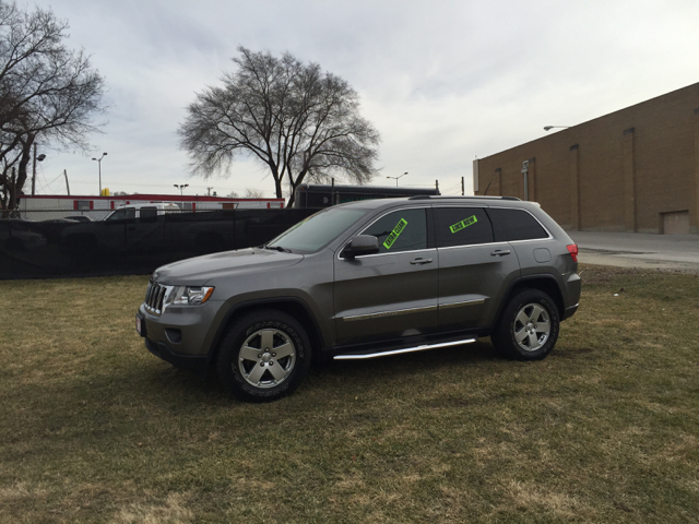 2012 Jeep Grand Cherokee for sale at Magana Auto Sales Inc. in Aurora IL