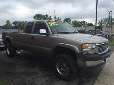 2002 GMC Sierra 2500HD for sale at Magana Auto Sales Inc. in Aurora IL