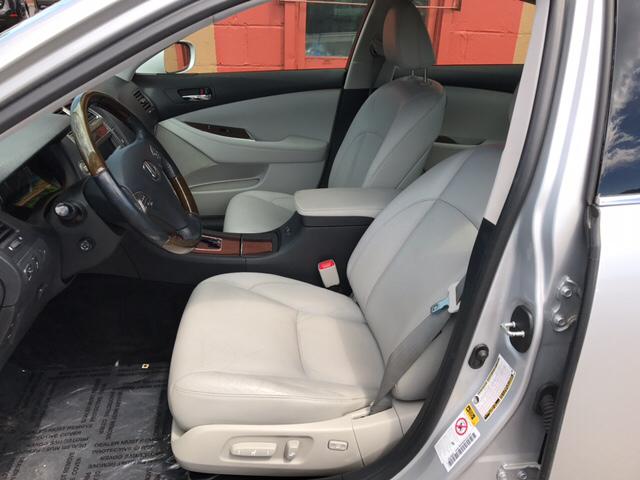 2010 Lexus ES 350 for sale at Magana Auto Sales Inc. in Aurora IL