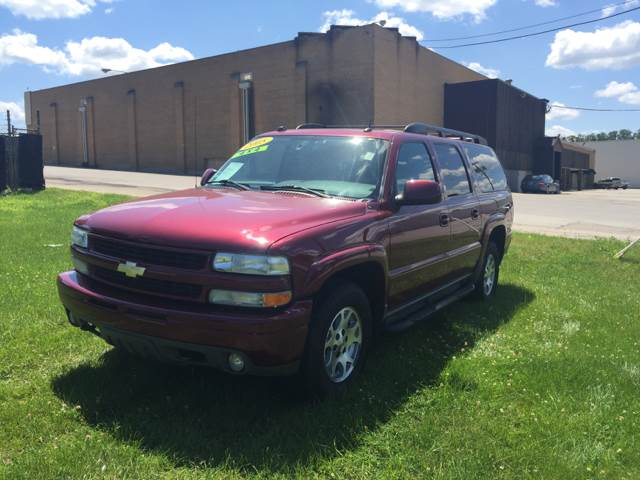 2005 Chevrolet Suburban for sale at Magana Auto Sales Inc. in Aurora IL