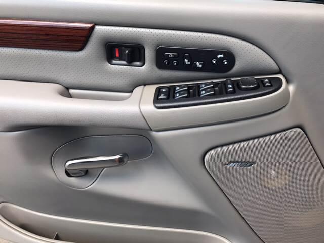 2004 Cadillac Escalade for sale at Magana Auto Sales Inc. in Aurora IL