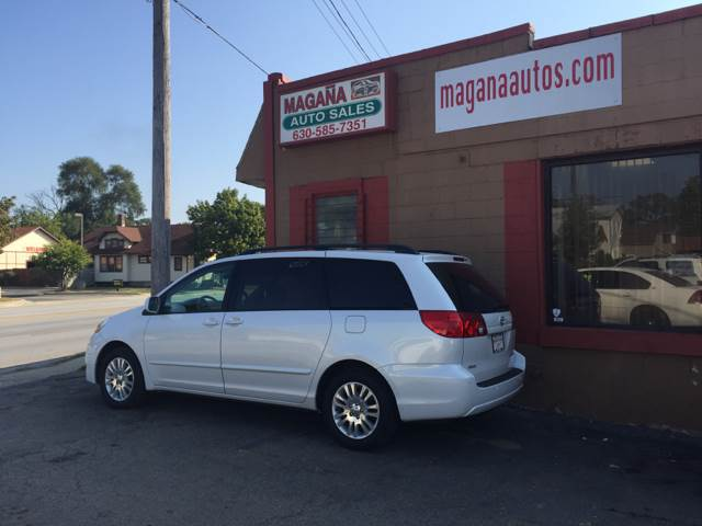 2007 Toyota Sienna for sale at Magana Auto Sales Inc. in Aurora IL