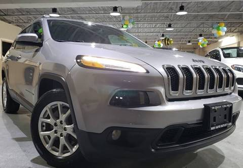 2018 Jeep Cherokee for sale in Floral Park, NY