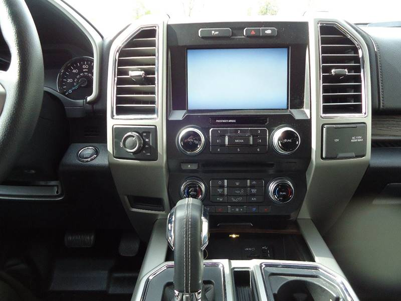 2015 Ford F-150 4x4 Lariat 4dr SuperCrew 5.5 ft. SB - Platteville WI