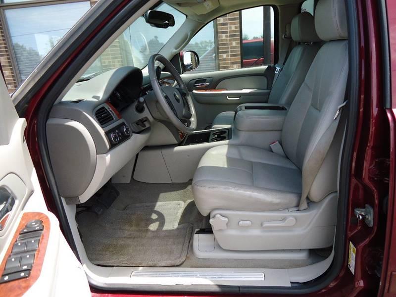 2008 Chevrolet Avalanche 4x4 LT 4dr Crew Cab SB - Platteville WI