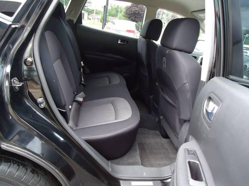 2012 Nissan Rogue AWD SV 4dr Crossover - Platteville WI