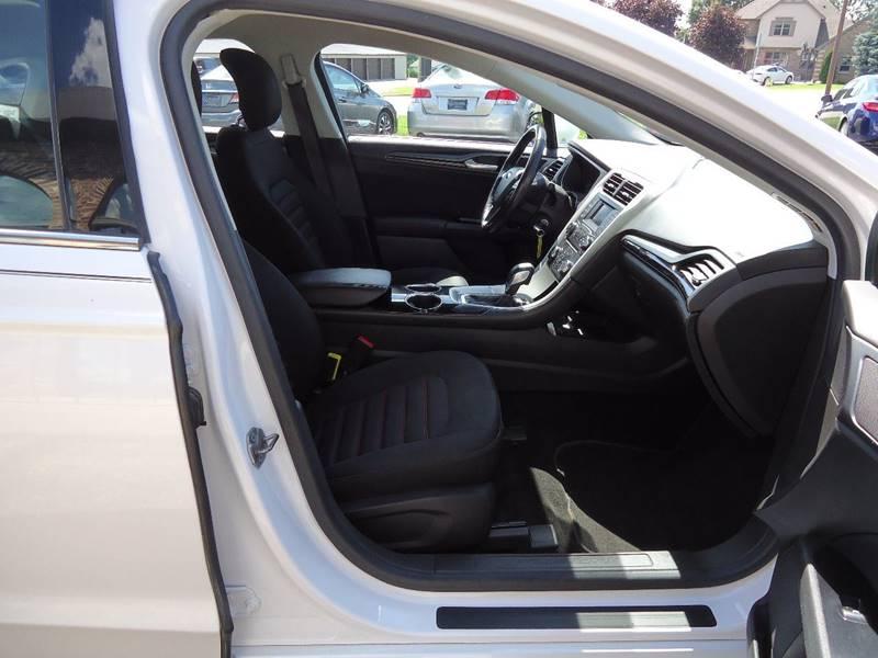 2013 Ford Fusion SE 4dr Sedan - Platteville WI