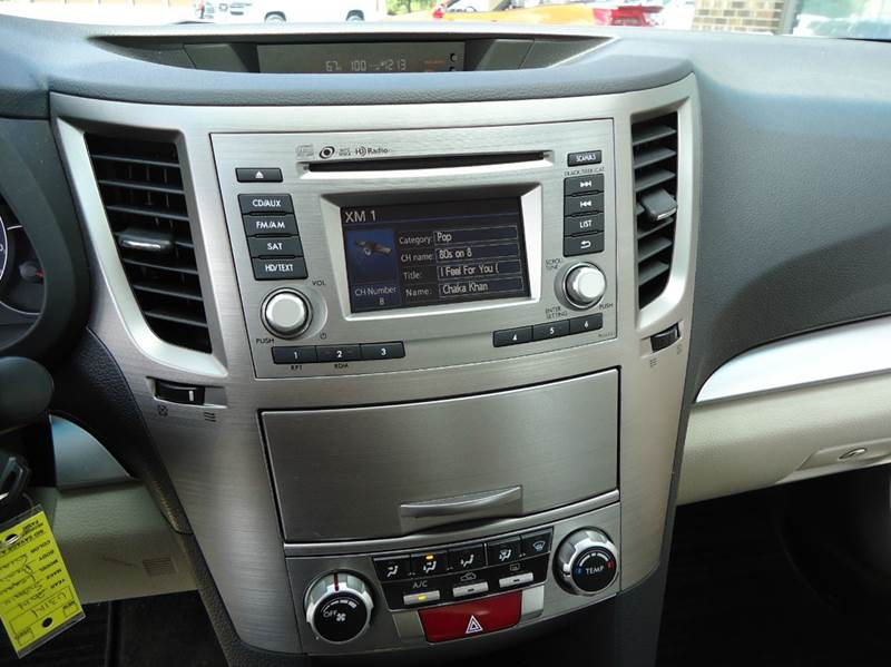 2014 Subaru Legacy 2.5i Premium AWD 4dr Sedan - Platteville WI