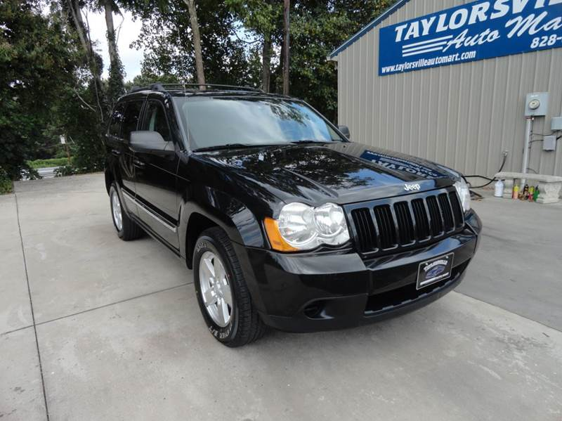 1068649896 - 2010 Jeep Grand Cherokee Laredo 4x4