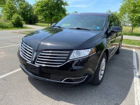 2018 Lincoln MKT Town Car for sale at CarNYC.com in Staten Island NY