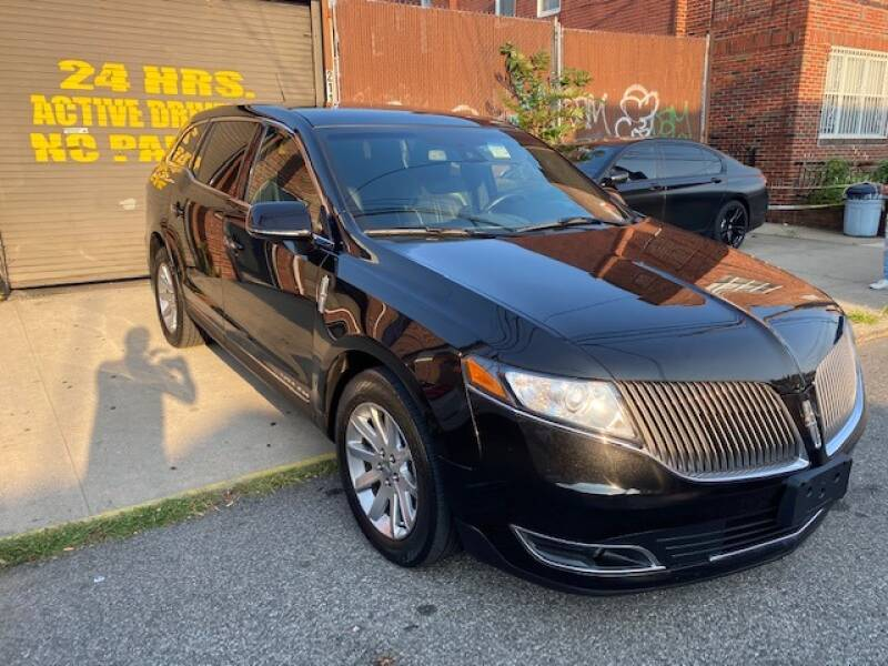 2015 Lincoln MKT Town Car for sale at CarNYC.com in Staten Island NY