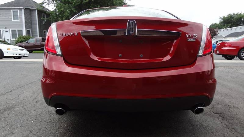 2009 Lincoln MKS for sale at Pat's Auto Sales in West Springfield MA