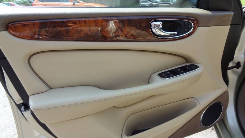 2008 Jaguar XJ-Series for sale at Pat's Auto Sales in West Springfield MA