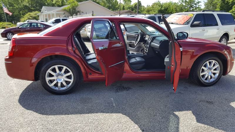 2010 Chrysler 300 Touring 4dr Sedan - North Charleston SC