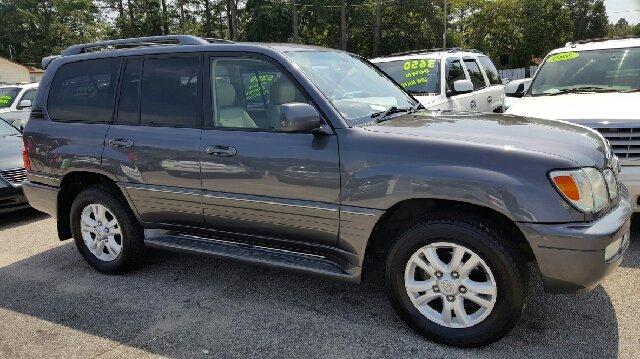 2005 Lexus LX 470 for sale at Rodgers Enterprises in North Charleston SC