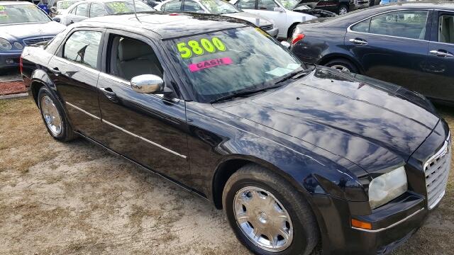 2006 Chrysler 300 for sale at Rodgers Enterprises in North Charleston SC