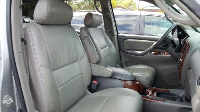 2002 Toyota Sequoia SR5 2WD 4dr SUV - North Charleston SC