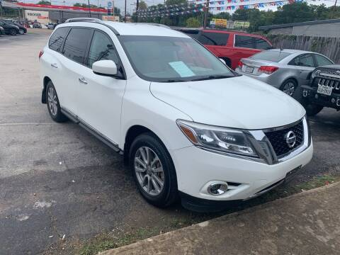 2014 Nissan Pathfinder for sale at Rutledge Auto Group in Palestine TX