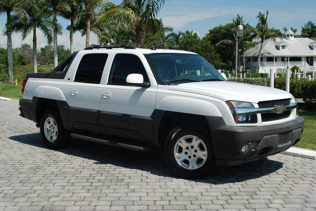 2005 Chevrolet Avalanche for sale at Auto Quest USA INC in Fort Myers Beach FL