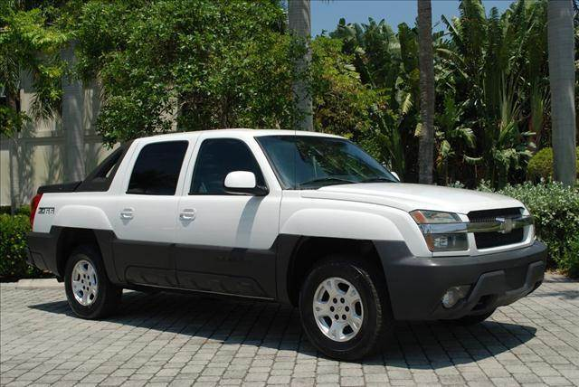2003 Chevrolet Avalanche for sale at Auto Quest USA INC in Fort Myers Beach FL