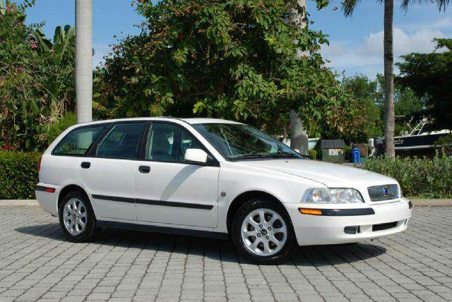 2002 Volvo V40 for sale at Auto Quest USA INC in Fort Myers Beach FL