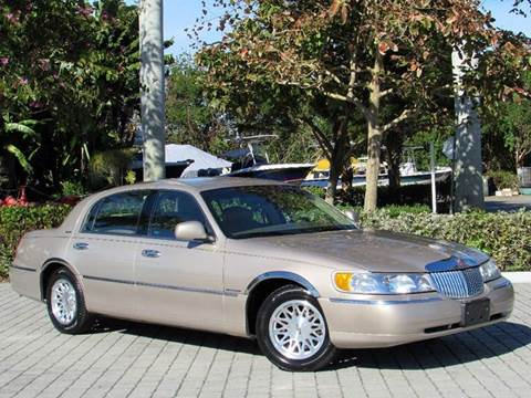 1998 Lincoln Town Car for sale at Auto Quest USA INC in Fort Myers Beach FL