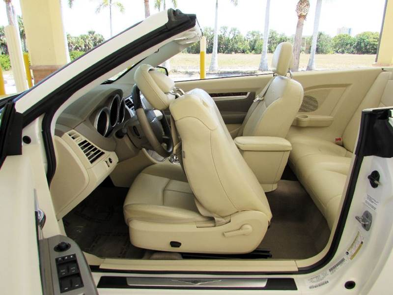 2010 Chrysler Sebring Limited 2dr Convertible - Fort Myers Beach FL