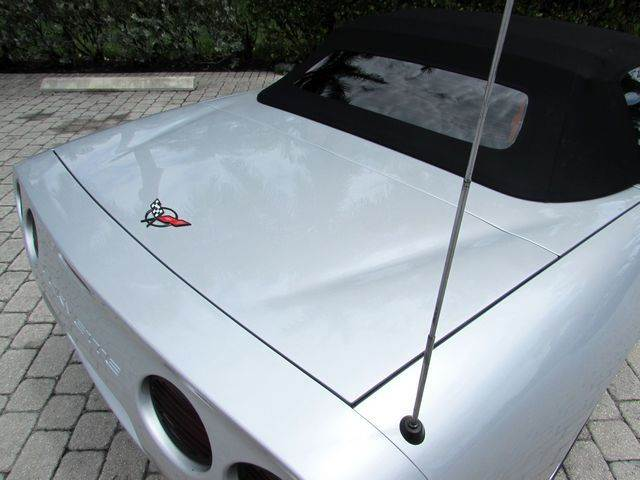 1998 Chevrolet Corvette 2dr Convertible - Fort Myers Beach FL