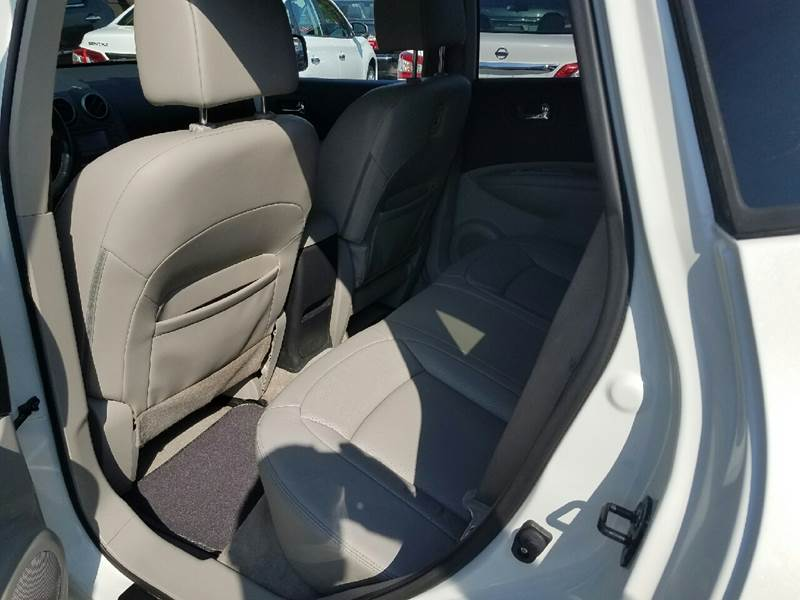 2011 Nissan Rogue S 4dr Crossover - Hollywood FL