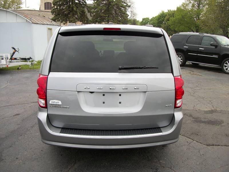 2015 Dodge Grand Caravan SXT 4dr Mini-Van - Janesville WI